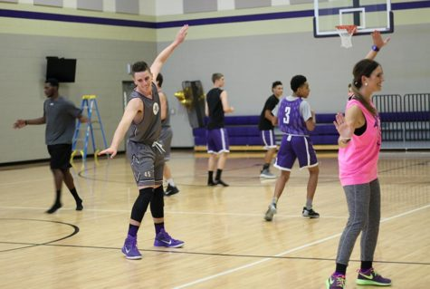 Basketball team takes on a new challenge