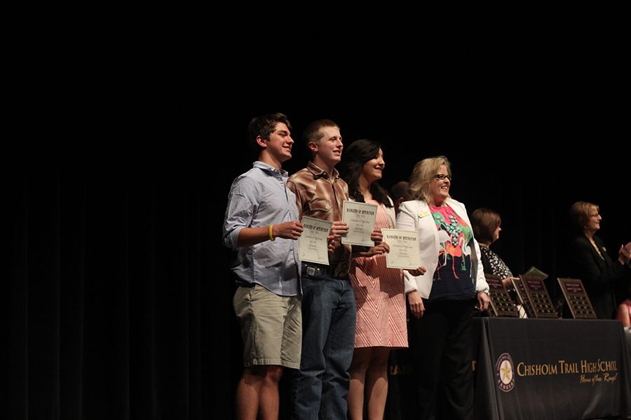 Seniors Alexander Lira, Dylan Lofton, and Valerie Ortiz receive recognition for being AP Scholars with Honors. For students to be AP Scholars with Honors they have to score a 3 or higher on at least 4 exams, and have an average score of 3.25 overall.
