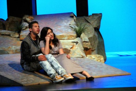Sophomore Davis Kirkland and sophomore Anna Reyero in the first CTHS bilingual play, Stories El Rio.